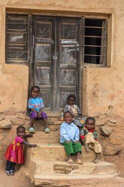 TZ4052AW Africa, Tanzania, Usambara Mountains. children in Mambo