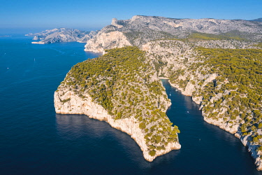 FRA11050AWRF France, Provence-Alpes-Cote d'Azur, French Riviera, Bouches-du-Rhone, Cassis. Calanques national park. Aerial view