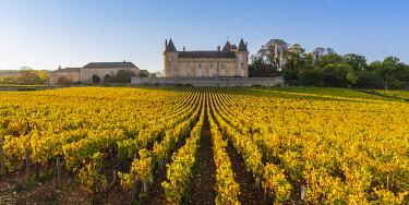 FRA10993AW France, Bourgogne-Franche-Comte, Burgundy, Saone-et-Loire, Rully. Chateau de Rully.