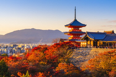 JAP1541AW Kiyomizu-dera temple, Kyoto, Kyoto prefecture, Kansai region, Japan.