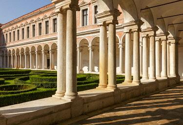 ITA13424AW San Giorgio Maggiore cloister, Giorgio Cini Foundation. Venice, Veneto, Italy, Europe.