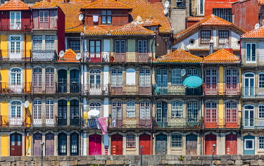 POR10090AWRF The Ribeira, Porto (Oporto), Portugal Europe