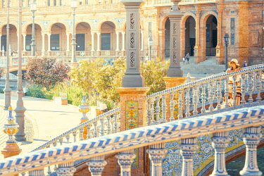 SPA8644AW Spain, Andalusia, Seville. Plaza de Espana. Girl admiring the view (MR)