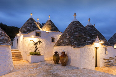 ITA13498AW Italy, Apulia (Puglia), Bari district, Itria Valley, Cisternino, traditional trulli in Borgo Canonica Hotel