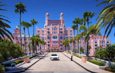 US11958 United States, Florida, St Pete Beach, Gulf Of Mexico, Don CeSar Hotel, Pink Palace, 1928, National Register Of Historic Places