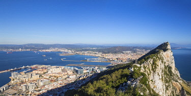 GB01161 Gibraltar, View of Gibraltar rock, Gibraltar and in distance La Linea, Spain