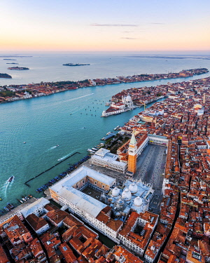 ITA13561AW Aerial view of St Mark's square at sunrise, Venice, Italy