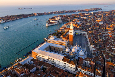 ITA13566AW Aerial view of St Mark's square at sunrise, Venice, Italy