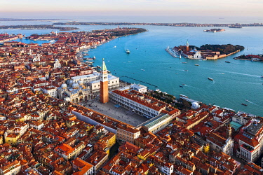 ITA13573AW Aerial view of St Mark's square and San Giorgio Maggiore church, Venice, Italy