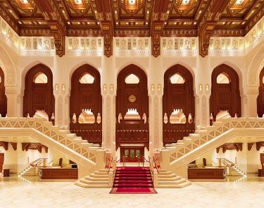OMA2833AW Oman, Muscat, Shati Al-Qurm. The impressive Royal Opera House interior