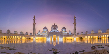 UE02568 UAE, Abu Dhabi, Sheikh Zayed Grand Mosque