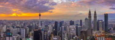 MY01330 KL Tower & Petronas Towers, Kuala Lumpur, Malaysia