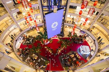 MY01393 Suria KLCC shopping mall, Kuala Lumpur, Malaysia
