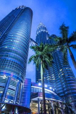 MY01398 Petronas Towers, KLCC, Kuala Lumpur, Malaysia