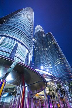 MY01403 Petronas Towers, KLCC, Kuala Lumpur, Malaysia