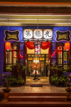 MY02427 Cheong Fatt Tze Mansion (Blue Mansion) & boutique hotel, George Town, Penang Island, Malaysia