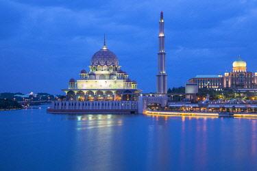 MY02450 Putra Mosque (Masjid Putra), Putrajaya, Malaysia
