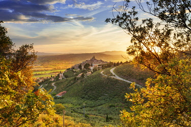 ITA13625AW Italy, Umbria, Perugia district, Trevi.