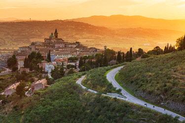 ITA13626AW Italy, Umbria, Perugia district, Trevi.