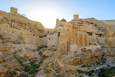 ISR0584AWRF Palestine, West Bank, Bethlehem Governorate, Al-Ubeidiya. Mar Saba monastery, built into the cliffs of the Kidron Valley in the Judean Desert.