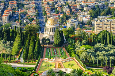 ISR0599AWRF Israel, Haifa District, Haifa. Baha'i Gardens and the Shrine of the Bab, and buildings in downtown Haifa seen from Mount Carmel.