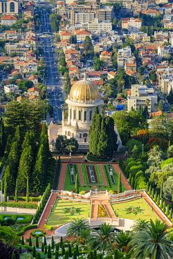 ISR0600AWRF Israel, Haifa District, Haifa. Baha'i Gardens and the Shrine of the Bab, and buildings in downtown Haifa seen from Mount Carmel.