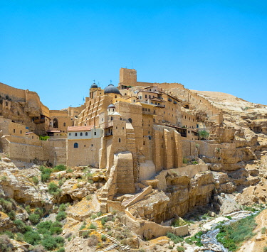 ISR0668AW Palestine, West Bank, Bethlehem Governorate, Al-Ubeidiya. Mar Saba monastery, built into the cliffs of the Kidron Valley in the Judean Desert.