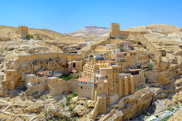 ISR0672AW Palestine, West Bank, Bethlehem Governorate, Al-Ubeidiya. Mar Saba monastery, built into the cliffs of the Kidron Valley in the Judean Desert.