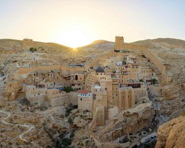 ISR0706AW Palestine, West Bank, Bethlehem Governorate, Al-Ubeidiya. Mar Saba monastery, built into the cliffs of the Kidron Valley in the Judean Desert.