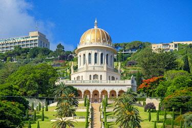 ISR0760AW Israel, Haifa District, Haifa. Shrine of the Bab and lower terraces of the Baha'i Gardens.