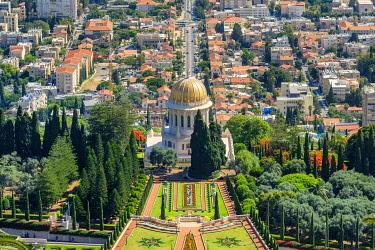 ISR0765AW Israel, Haifa District, Haifa. The Shrine of the Bab and terraces of the Baha'i Gardens.