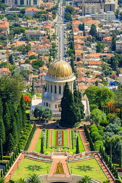 ISR0771AW Israel, Haifa District, Haifa. The Shrine of the Bab and terraces of the Baha'i Gardens.