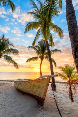 CLKAC103104 The Beachcomber Dinarobin Hotel, Le Morne Brabant Peninsula, Black River (Riviere Noire), Mauritius (PR)