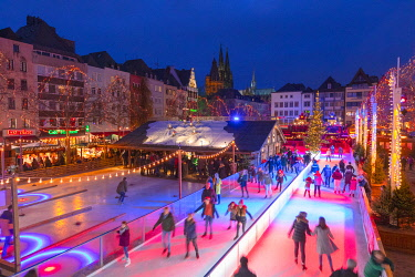 DE07268 Ice Skating Rink, Cologne Christmas Market, Cologne, Germany