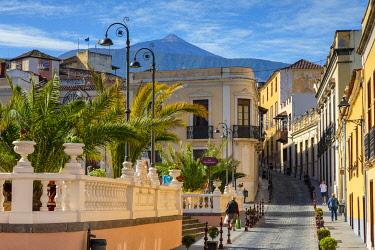 ES09364 Street Scene, La Orotava, Tenerife, Canary Islands, Spain