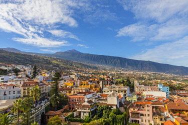 ES09417 View over La Orotava towards Mount Teide, Tenerife, Canary Islands, Spain