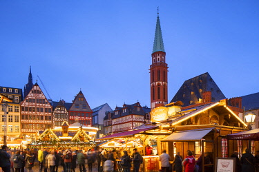 GER11600AW Frankfurt Christmas Market at dusk, Frankfurt am Main, Hesse, Germany