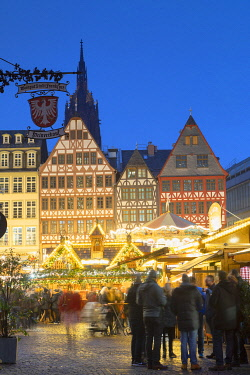 GER11660AW Frankfurt Christmas Market at dusk, Frankfurt am Main, Hesse, Germany