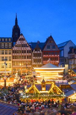 GER11620AW Frankfurt Christmas Market at dusk, Frankfurt am Main, Hesse, Germany