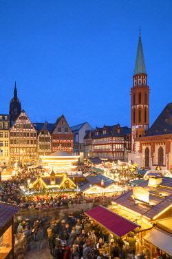 GER11627AW Frankfurt Christmas Market at dusk, Frankfurt am Main, Hesse, Germany