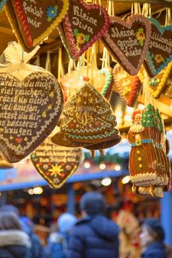 GER11640AW Frankfurt Christmas Market, Frankfurt am Main, Hesse, Germany
