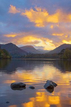 UK731RF UK, Cumbria, Lake District, Keswick, Derwentwater, Derwent Isle