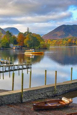 UK08425 UK, Cumbria, Lake District, Keswick, Derwentwater, Derwent Isle