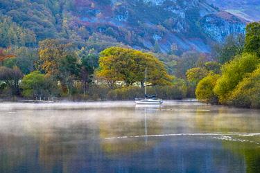 UK08427 UK, Cumbria, Lake District, Keswick, Derwentwater, Lord's Island on right