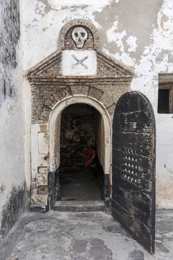 GHA0156AW Africa, Ghana, Elmina castle, the pirat's dungeon.Elmina Castle was erected by the Portuguese in 1482 as São Jorge da Mina Castle, also known simply as Mina in present-day Elmina, Ghana. It was the f...