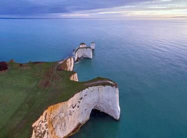 UK08458 UK, England, Dorset, Isle of Purbeck, Swanage, Jurassic Coast, The Foreland or Handfast Point, Old Harry Rocks