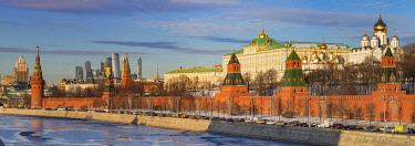 RU01452 Cityscape, Kremlin, Moskva river, Moscow, Russia