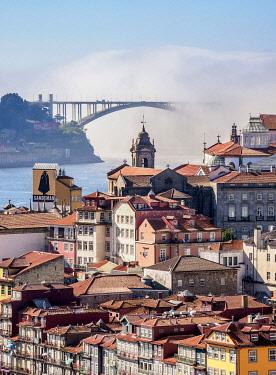 POR10330AWRF View towards Arrabida Bridge, Porto, Portugal