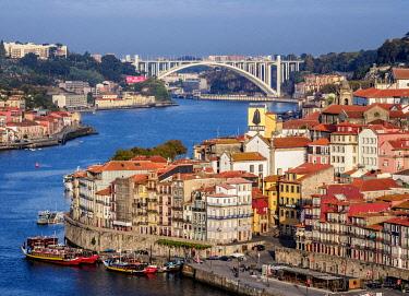 POR10341AWRF View towards Arrabida Bridge, Porto, Portugal