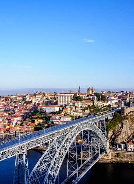 POR10342AWRF Dom Luis I Bridge, elevated view, Porto, Portugal